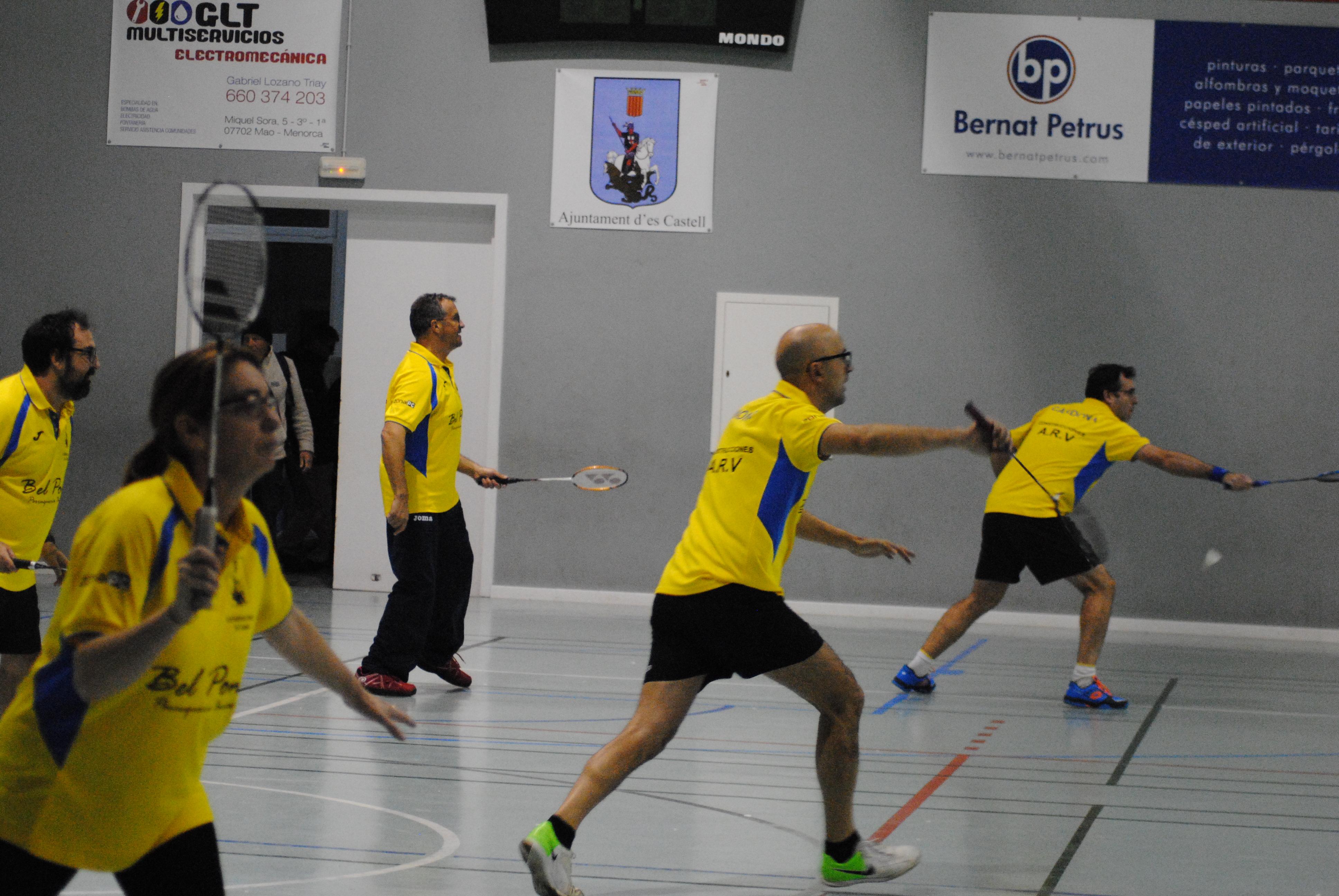 El Badminton Llevant protagonizó la sorpresa de la jornada, en el encuentro más igualado de la Liga.